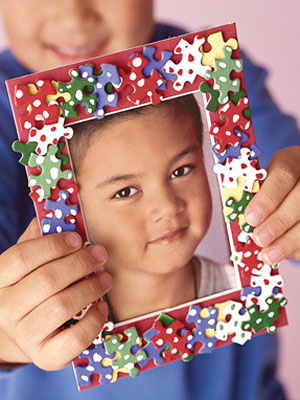 Kid-s-Craft-Project-Puzzle-Picture-Frame-mdn
