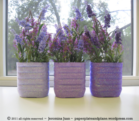 juice-bottle-glitter-vases