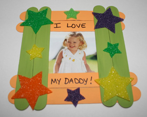 popsicle-stick-picture-frame