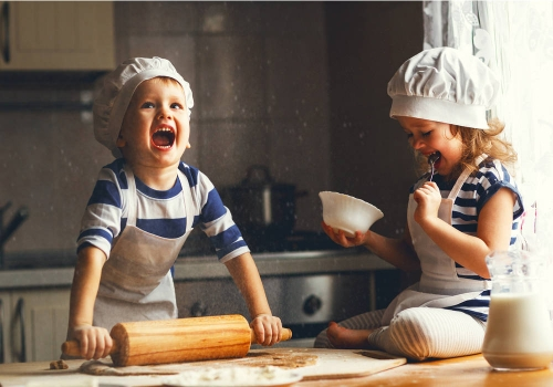Bambini in cucina: cucinare insieme per sperimentare amore e allegria