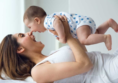 I giochi che aiutano a stimolare la crescita dei neonati.