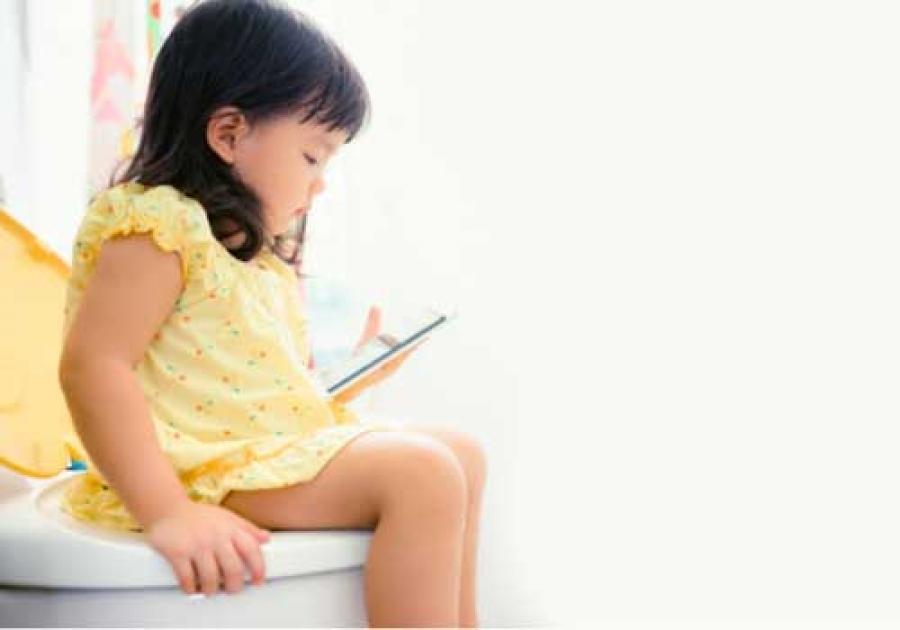 Mia figlia non fa cacca perché le fa male il culetto